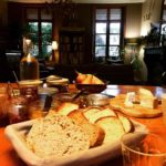 Le petit-déjeuner de la maison d'hôtes Aubépine